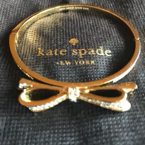 🎀Kate Spade New York Bow Bangle